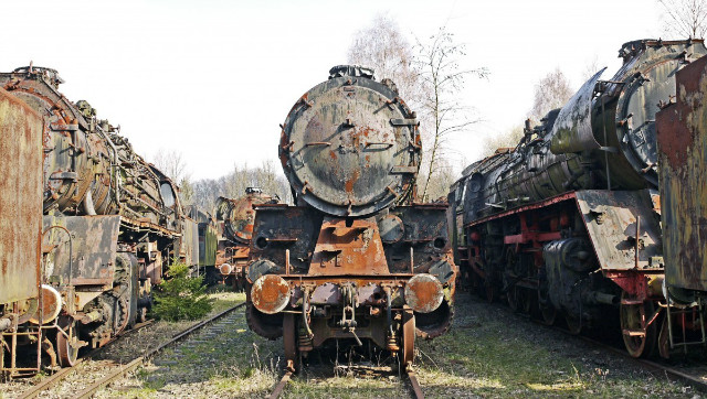lokfriedhof_turned_off_stainless_ailing_rusted_wreck_train_obsolete-636741.jpg